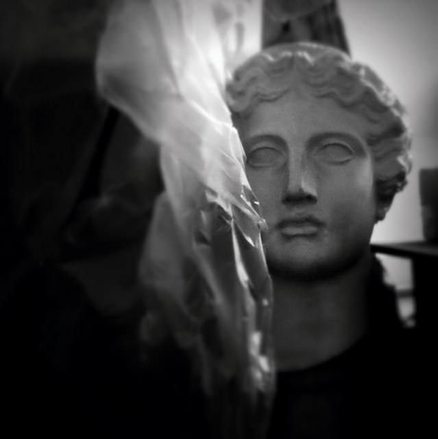 statue4